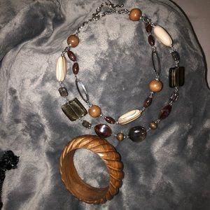 Necklace & bracelet set from Premier Designs
